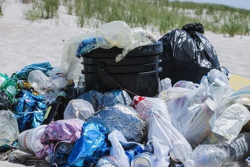 3 Causes Of Ocean Plastic Pollution